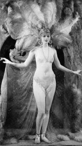 Lilyan performed with the Ziegfeld Follies for three seasons.
