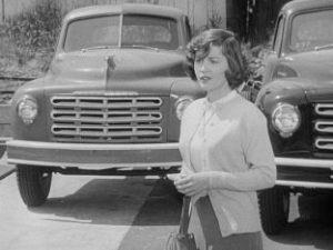 Barbara Bates played Dan's loyal-to-the-end girlfriend.