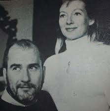 Keyes was Artie Shaw's eighth and final wife.