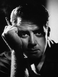 This is my favorite picture of Raymond Burr. (Don't you LOVE it??)